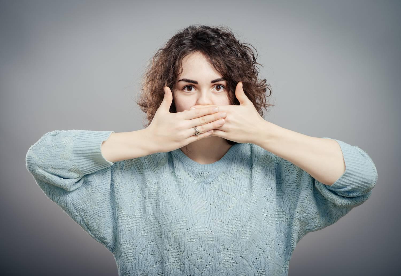 Felnőtteknél rothadó szag a szájból. A halitózis okai