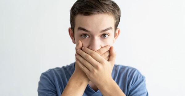 dolichosigma rossz lehelet egy személynek kellemetlen szaga van