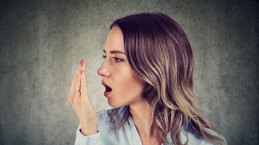 szájszárazság rossz lehelet